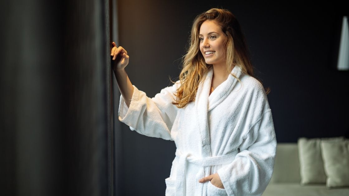 What to Consider When Buying Bathrobes
